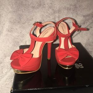 NWOT ANDREA Red High Heels